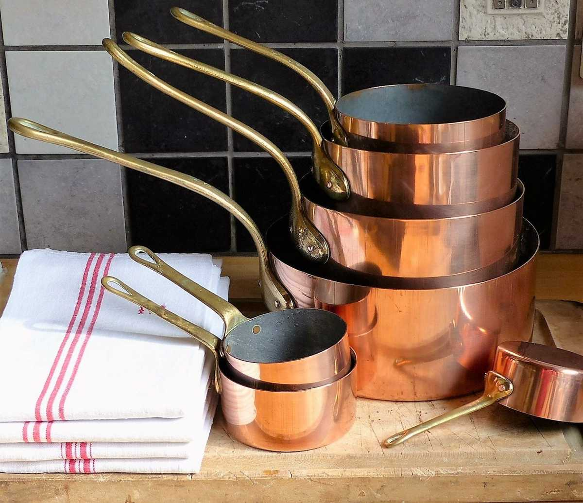 Copper pans look great, but they may have a negative impact on your health